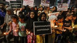 Indiana stuprata, si suicida col fuoco