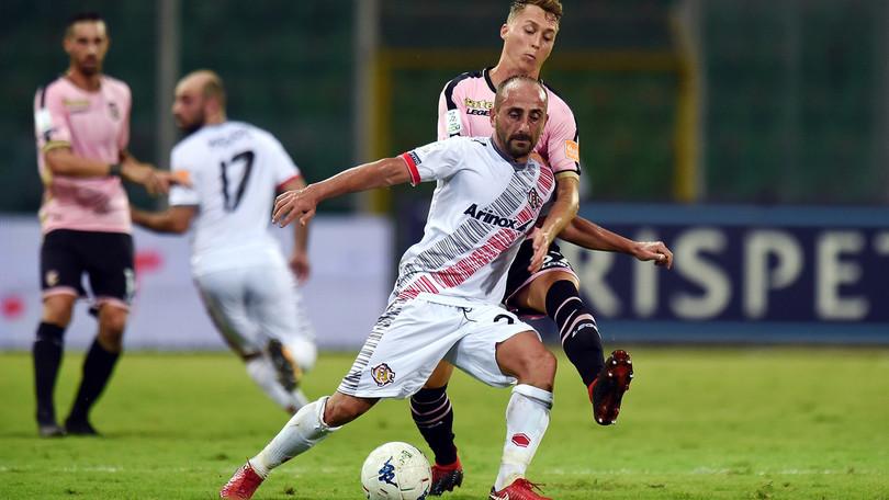 Serie B Palermo-Cremonese 2-2, gol ed emozioni al Barbera