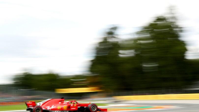 F1 Monza, contatto tra Vettel e Hamilton al primo giro