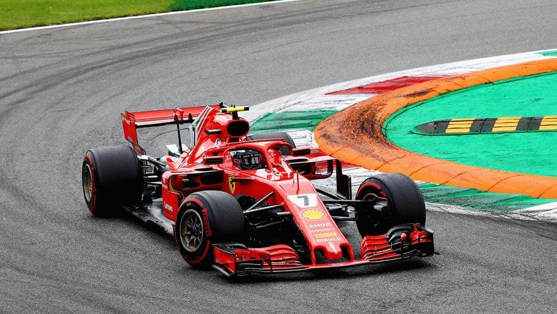 F1 Monza, Raikkonen mantiene la posizione e Vettel le scala