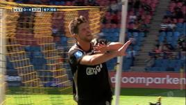 Il VAR annulla il gol, Huntelaar lo rifà uguale