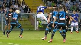 Quagliarella, la fotosequenza del gol di tacco al Napoli