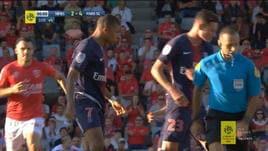 Mbappé reagisce e viene espulso