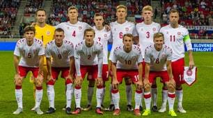 Danimarca, l'insolita formazione scesa in campo contro la Slovacchia: giocatori di B, C e Futsal