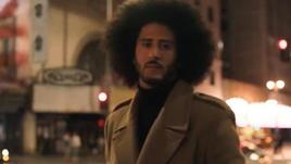 Kaepernick star della controversa pubblicità della Nike