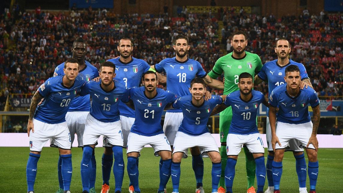 A Bologna inizia con un pareggio l'avventura di Mancini sulla panchina della Nazionale: azzurri sotto dopo il gol del centrocampista del Napoli, pari su rigore - guadagnato da Chiesa - del regista del Chelsea