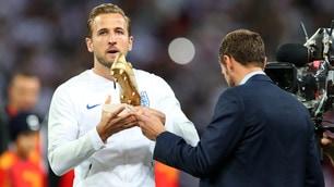 Inghilterra-Spagna, Kane riceve la Scarpa d'Oro del Mondiale