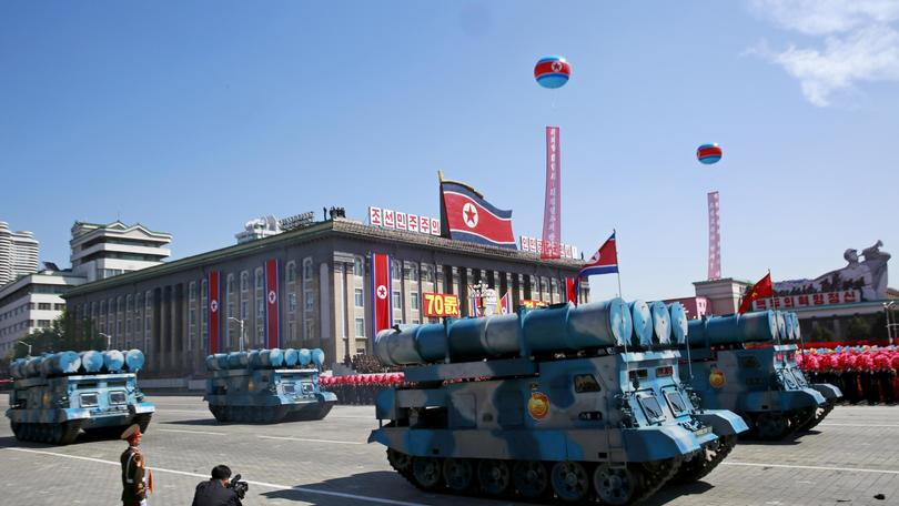 Corea Nord: parata senza super missili