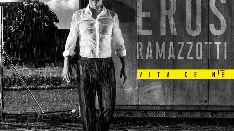 Ramazzotti annuncia su Fb disco e tour