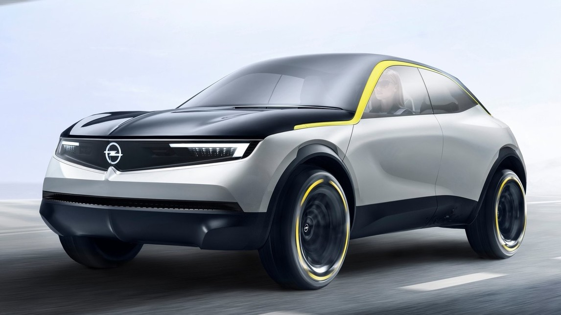 GT X Experimental Concept: è proprio la X (che in Opel identifica i SUV) a fare la differenza, aggiungendosi a un nome (Experimental GT) utilizzato da Opel nel 1965 per identificare uno dei sui concept più famosi. Il prototipo SUV assolutamente green presentato dalla casa tedesca, traccia la strada su quello che sarà il futuro di Opel, riassunto dai tre principi tedesco, accessibile, entusiasmante.