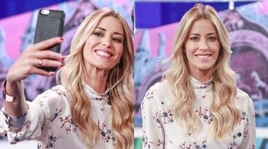 Elena Santarelli, selfie per il ritorno in tv