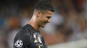 Juventus, Cristiano Ronaldo espulso: fuori in lacrime