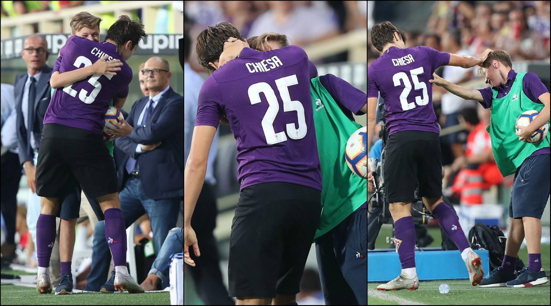 Fiorentina, Federico Chiesa segna e abbraccia il fratellino-raccattapalle