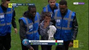 Bambino invade il campo, Neymar gli regala la maglia