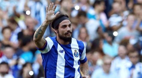 Osvaldo: «Conte il miglior tecnico. Messi vive in una prigione dorata»