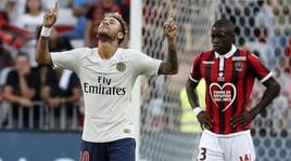 Nessuno ferma il Psg: 3-0 al Nizza di Balotelli