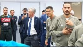 Ancelotti, abbracci e sorrisi con Cristiano Ronaldo e Mandzukic