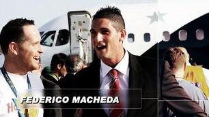 Italiani all'estero, Macheda conquista Atene