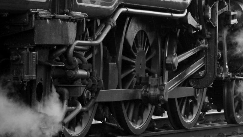 """Cena sui binari: il treno """"porta"""" in Sicilia"""