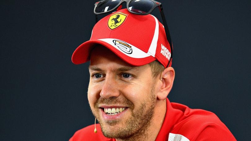 Gp Giappone, Hamilton domina le libere. Vettel terzo