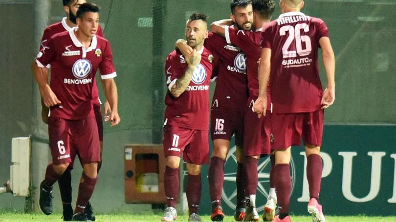 Serie C, rinviata Catanzaro-Reggina