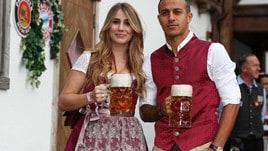 Il Bayern dimentica la crisi all'Oktoberfest