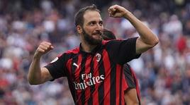 Serie A Milan, Higuain show a San Siro: doppietta contro il Chievo