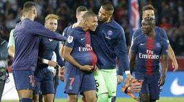 Psg, Mbappé segna 4 gol in 13 minuti: Lione ko
