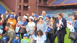 La Nazionale al Ferraris con i bambini di Genova