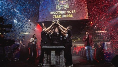 Red Bull Factions: Forge tre volte campioni