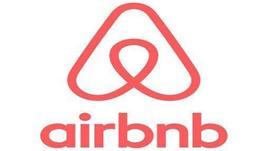Airbnb, sì a codice identificativo