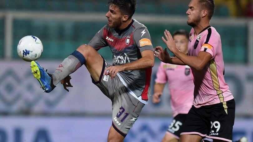 Serie B Crotone, Sampirisi: «Siamo arrabbiati, vogliamo riscattarci»