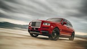 Rolls Royce Cullinan, lusso e comfort estremo oltre l'asfalto: foto