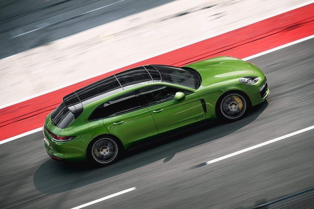 Nuova Porsche Panamera GTS: foto