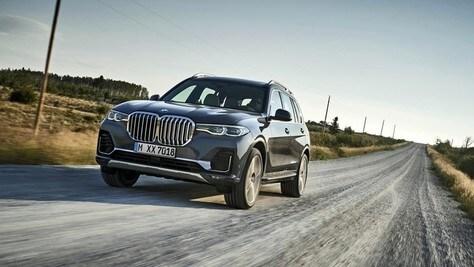 BMW X7, un nuovo principe tra i maxi Suv
