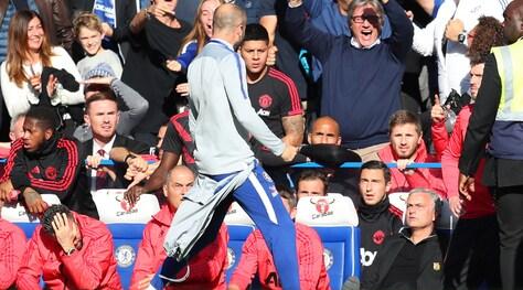 Rissa sfiorata tra Mourinho e il collaboratore di Sarri: ecco cosa è successo