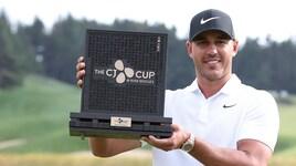 Golf, Koepka vince la Cj Cup e sale sul trono mondiale