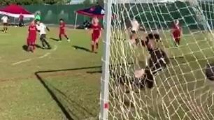 Tobias come papà: che gol Del Piero junior!