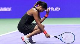 Tennis, Wta Finals Singapore: Osaka costretta al ritiro, Bertens in semifinale