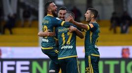Serie B: crolla il Pescara, accorcia il Benevento. Pari tra Foggia e Lecce