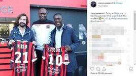 Pirlo e Seedorf in visita al Nizza. Vieira regala loro una maglia speciale