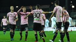 Serie B, il Palermo insidia il Pescara. Perugia, che orgoglio!
