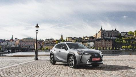Toyota Lexus Hybrid: nuove formule di finanziamento