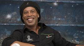 Ronaldinho, passaporto ritirato per abuso edilizio
