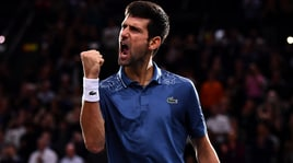 Atp Parigi-Bercy, Djokovic vola in finale: battuto Federer dopo 3 ore di battaglia