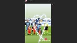 Lazio, Lulic copre il bimbo dalla pioggia: la moglie lo elogia