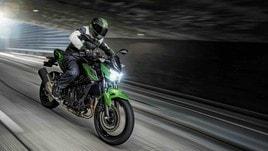 Kawasaki Z400: la media che sogna in grande