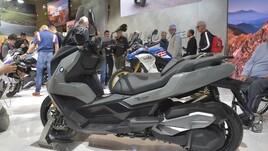 Scooter: nuovo BMW C 400 GT: medio  e 'Gran Turismo'