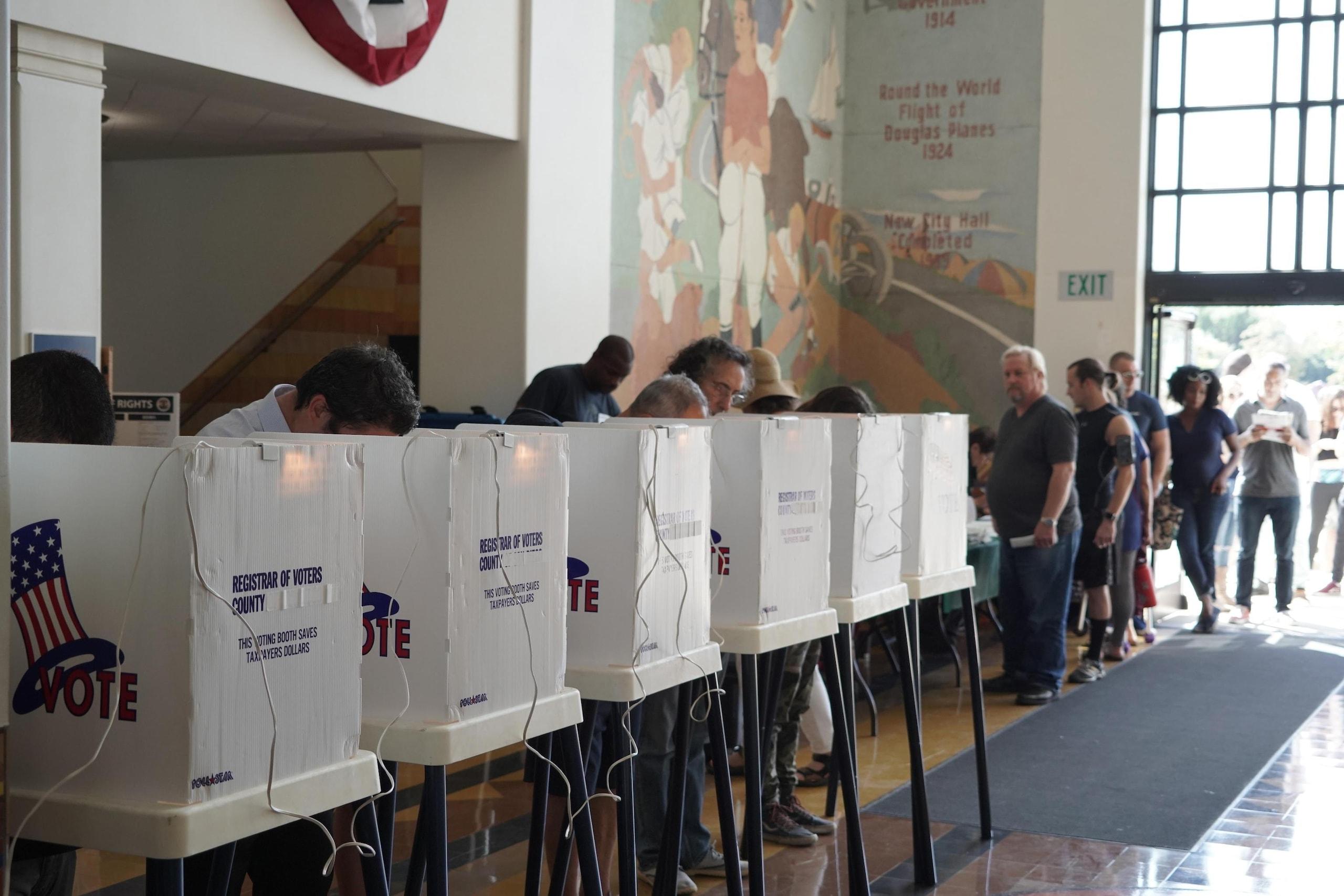 Midterm: 82enne vota e poi muore