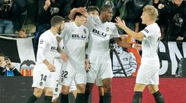 Champions, il Valencia mette il fiato sul collo al Manchester United
